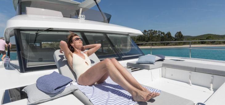 12 bonnes raisons de louer un catamaran à moteur